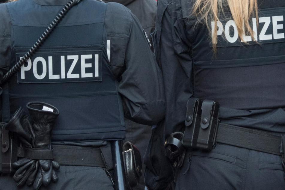 Die Polizei konnte den Mann überwältigen. Auch Pfefferspray kam dabei zum Einsatz. (Symbolbild)