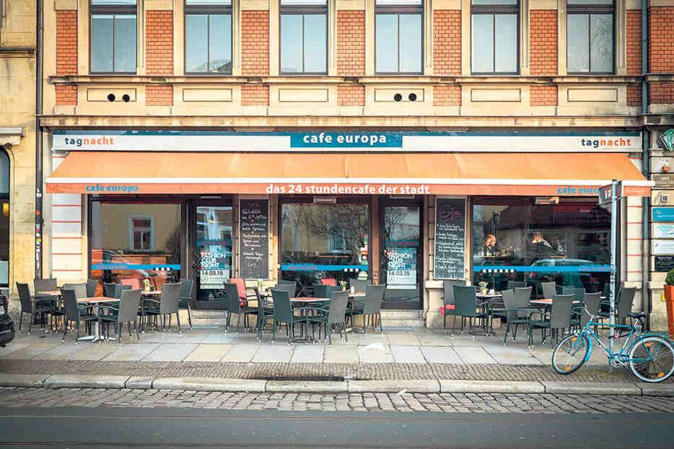 Das Café Europa zahlt pro Jahr etwa 3500 Euro, um rund um die Uhr öffnen zu dürfen.