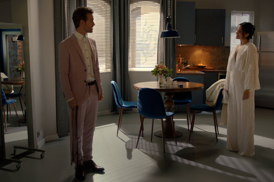 Felix lässt die Hochzeit mit Laura in letzter Sekunde platzen.
