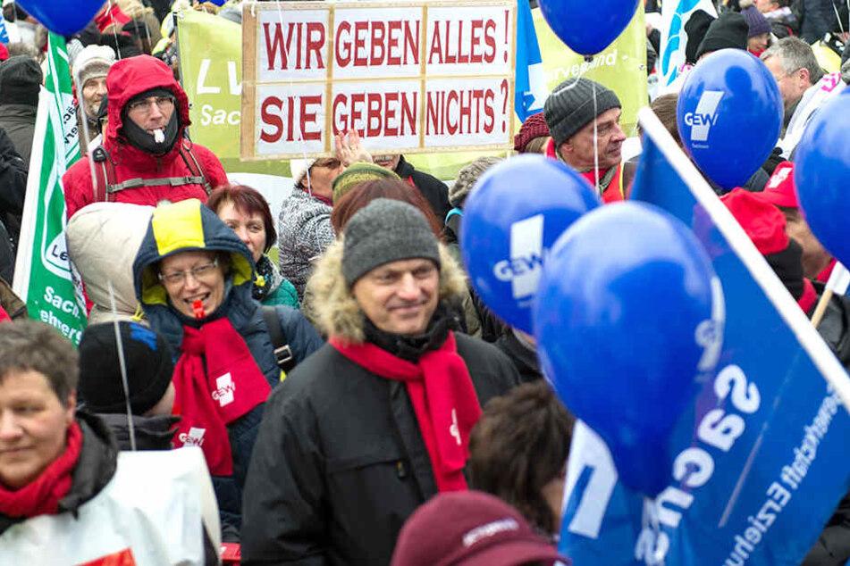 Im Februar 2017 wurde im Öffentlichen Dienst zum Generalstreik aufgerufen.
