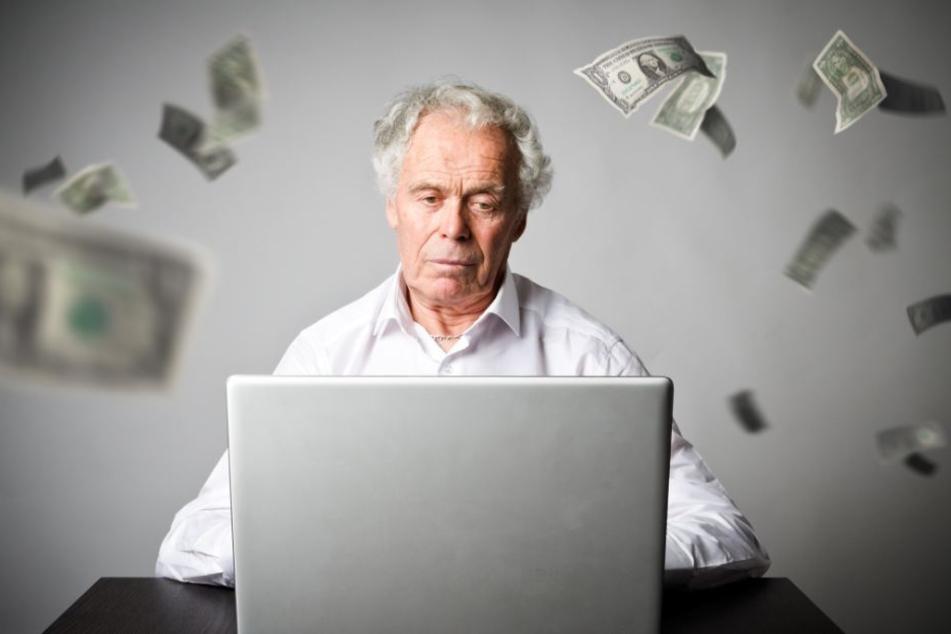 Statt dem erwarteten Geldsegen wurde der Rentner um sein Geld betrogen. (Symbolbild)