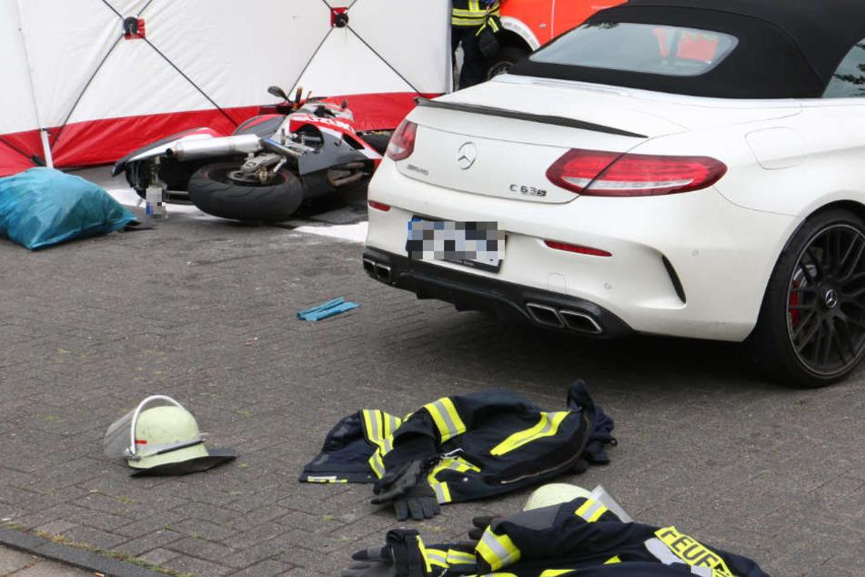 Zusammenprall: Motorrad-Fahrer stirbt am Unfallort