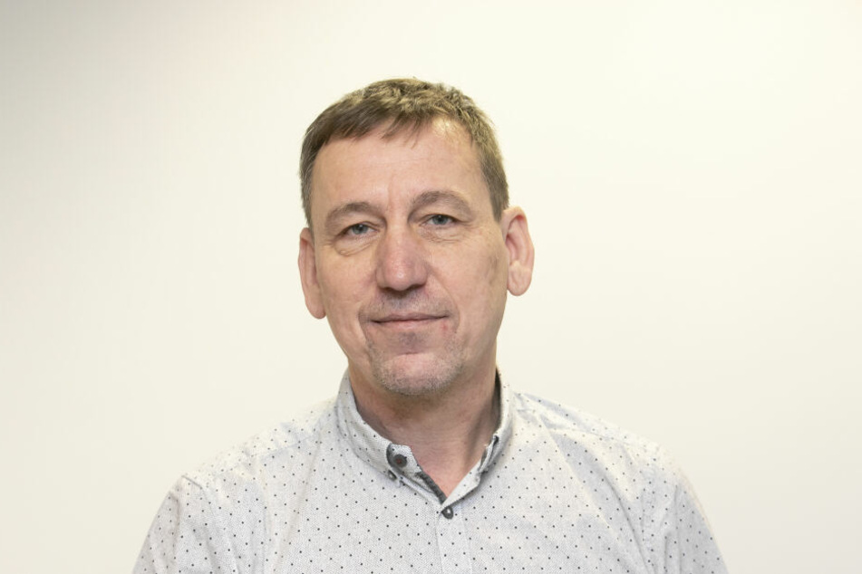 Frank Wagner (53) ist als Projektleiter für die Stromleitung verantwortlich.