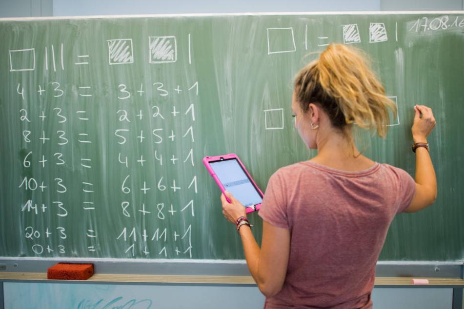 Eltern und Gewerkschaften wollen in Thüringen zusätzliche Lehrer haben.