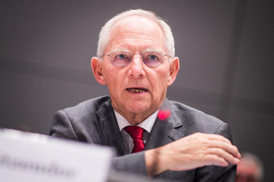Wolfgang Schäuble hofft, dass die Briten in der EU bleiben. Die Skripal-Affäre hat dies womöglich begünstigt.