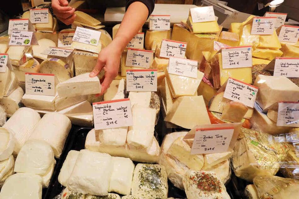 Rewe Dortmund und Kaufpark in Nordrhein-Westfalen: Gefährliche Bakterien in Käse - RÜCKRUF