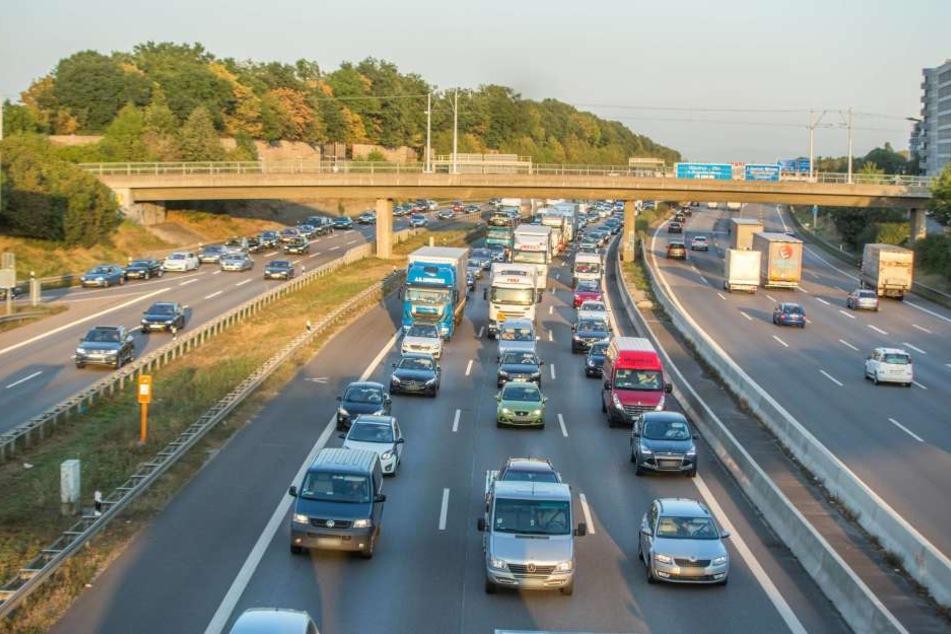 Ab 2030 ist's mit Benzin- und Dieselautos auf deutschen Straßen vorbei. Das beschloss der Bundesrat in seiner jüngsten Sitzung.