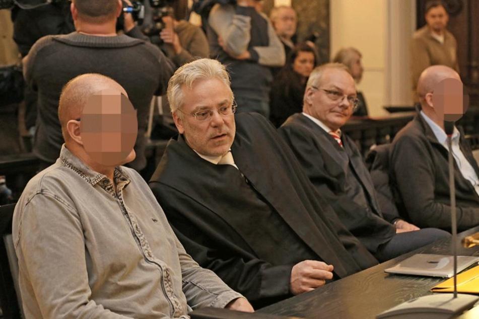 Frank Wunderlich (li.) bekam seine Gefühle über den Tod seiner Schwester auch nach 30 Jahren nur schwer unter Kontrolle.