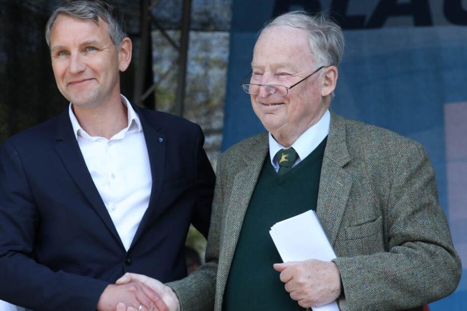 Zuletzt zeigte sich Alexander Gauland am 1. Mai in Erfurt bei einer Demonstration an der Seite von Björn Höcke.
