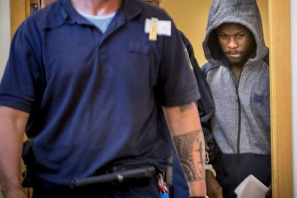 Kingsley Sarfo (23) muss wegen Vergewaltigung einer Minderjährigen ins Gefängnis.