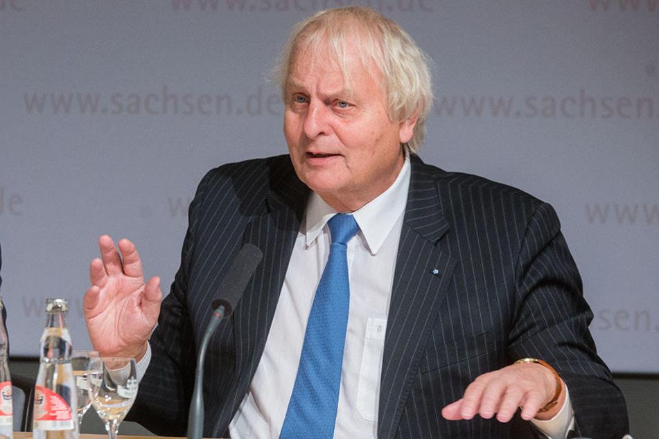 Meinungsforscher Reinhard Schlinkert hat im Auftrag der Staatsregierung 1006 Sachsen befragen lassen.