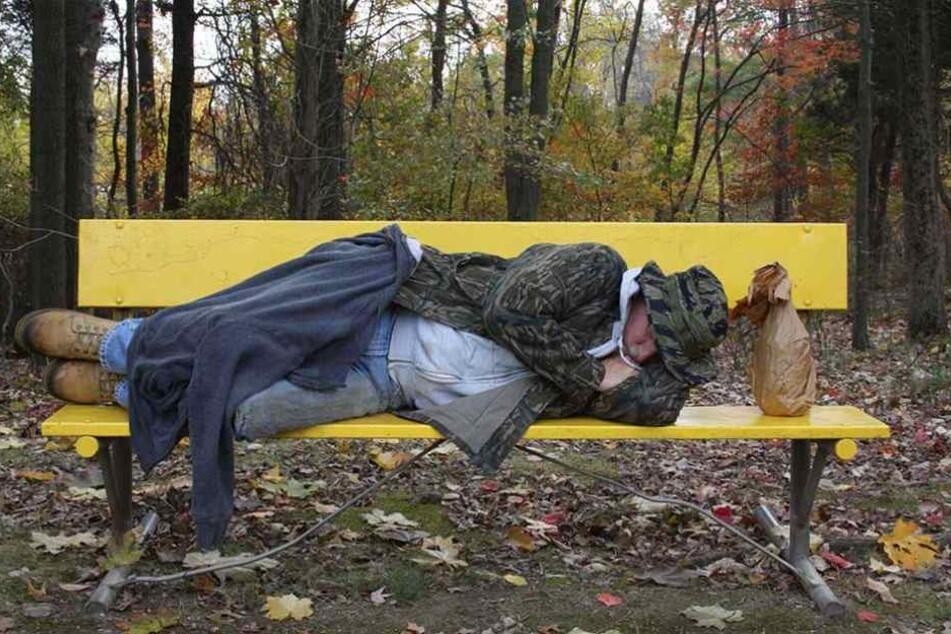 Der Obdachlose löschte das Leben seiner helfenden Engel aus (Symbolbild).