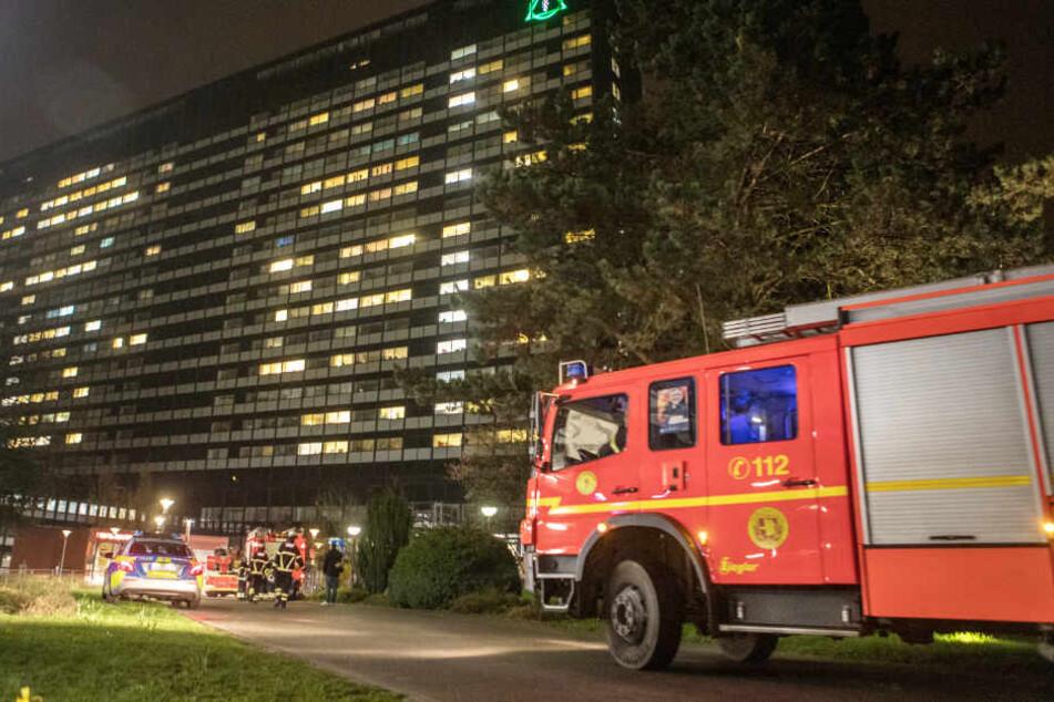 Matratze geht in Flammen auf: Feuer in Asklepios-Klinik!