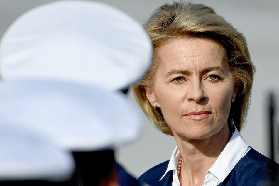 Ursula von der Leyen (59, CDU).