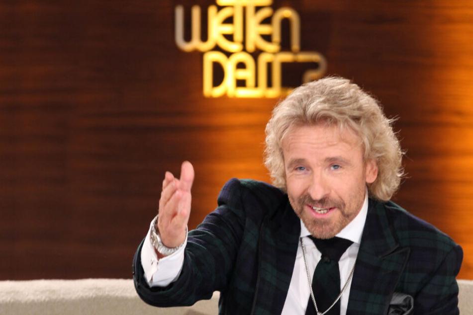 """Showmaster Thomas Gottschalk moderiert am 12.02.2011 in der Unterhaltungssendung """"Wetten, dass..?"""" in Halle/Saale."""