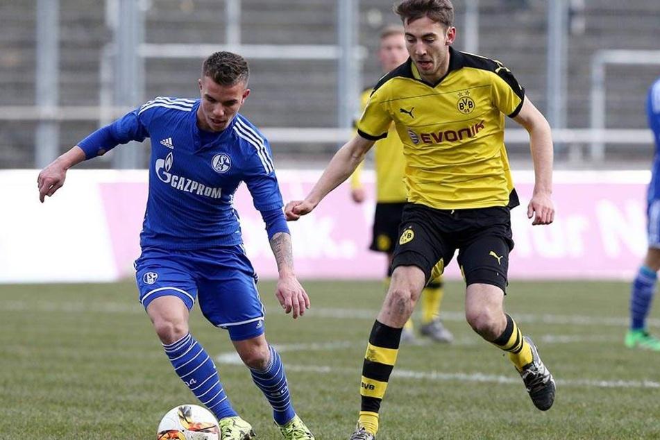 Christian Mauersberger (l., gegen den Dortmunder Michael Eberwein) im Schalker Trikot.
