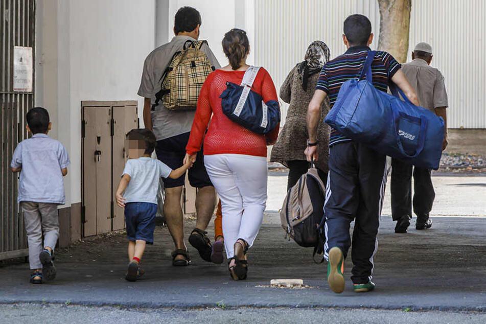 Flüchtlinge in Sachsen sollen versucht haben, Sozialleistungen zu erschleichen. (Symbolbild)