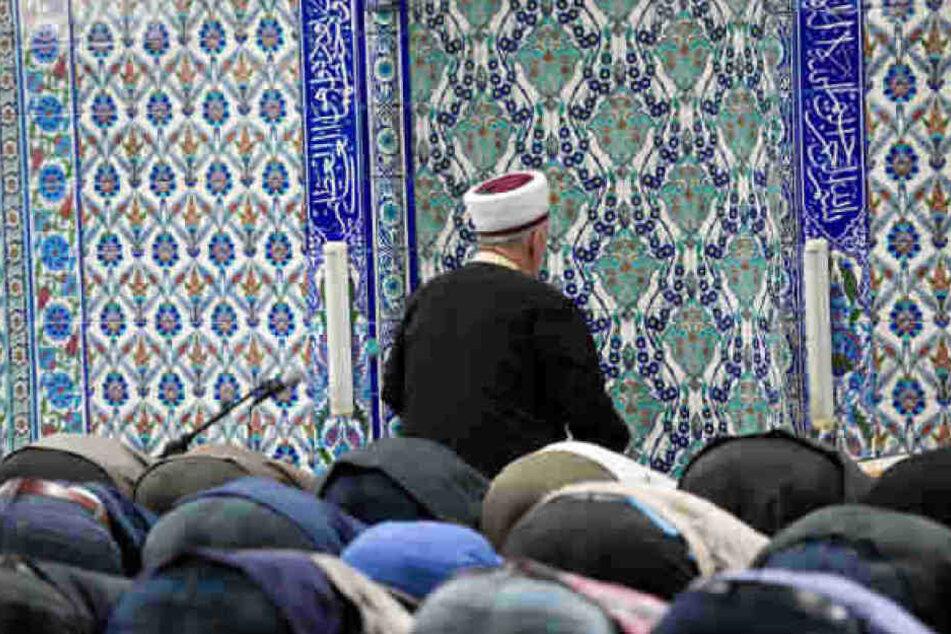 Seit Tagen werden Moscheen deutschlandweit attackiert. (Symbolbild)