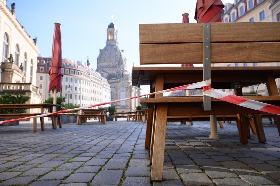 Der Neumarkt vor der Frauenkirche. Restaurants in Dresden bleiben nach wie vor nur zur Abholung und Lieferung geöffnet.
