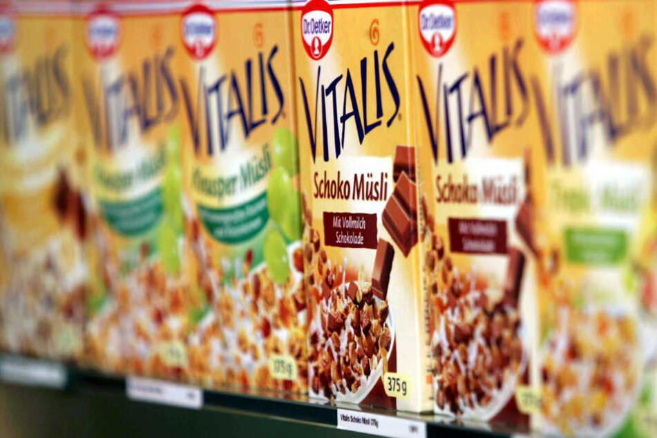 Das Vitalis Früchtemüsli wurde von der Verbraucherzentrale Hamburg scharf kritisiert. (Symbolbild)
