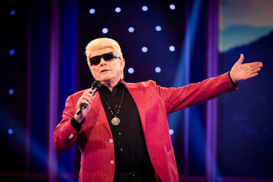 Nach der aktiven Karriere will Heino (80) trotzdem weiter Musik machen.