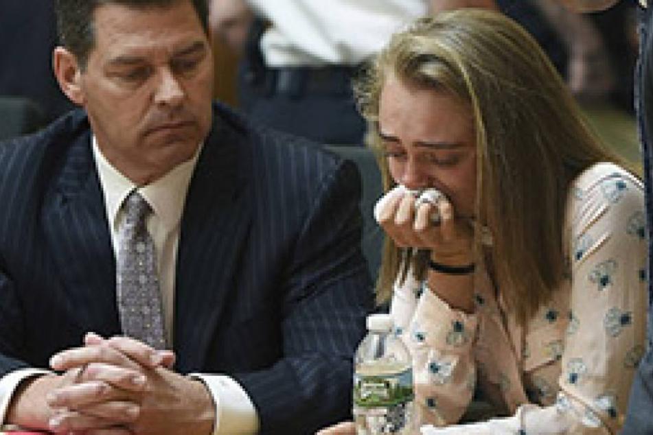 Michelle C. bricht in Tränen aus. Der Richter hat sie für schuldig befunden.