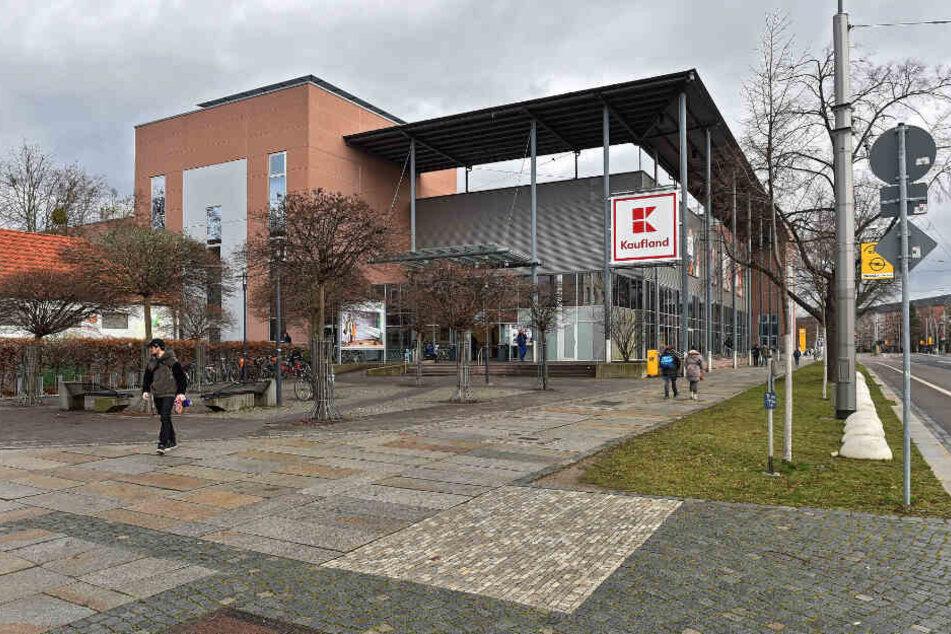 Keine Engpässe in der Warenverfügbarkeit sieht der Kaufland-Konzern auch für seine Filiale an der Borsbergstraße.