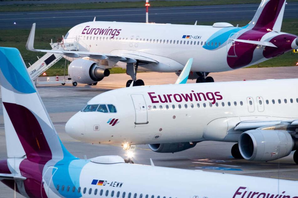 Flugzeuge von Eurowings am Flughafen Köln/Bonn.