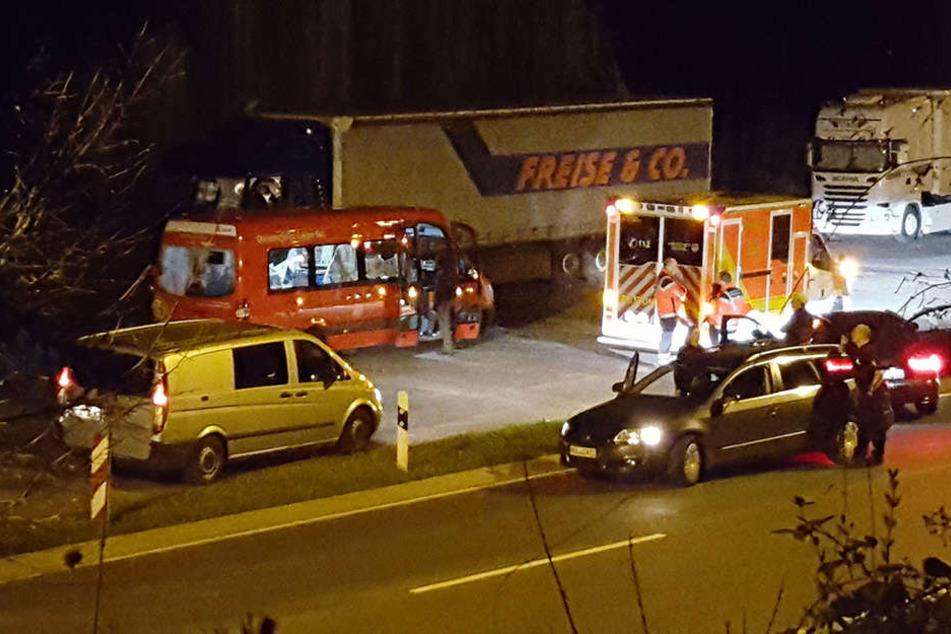 40 Streifenwagen verfolgten zeitweise den roten Kleinbus.