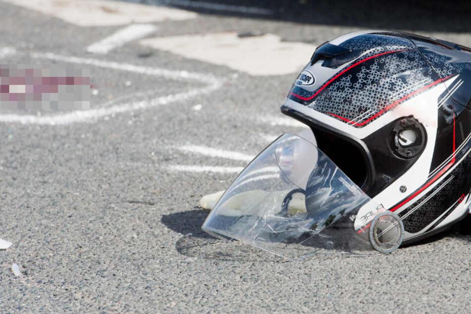 Junger Biker (25) gerät in Panik, überschlägt sich: Notarzt kann ihn nicht mehr retten