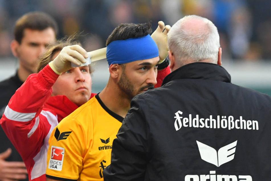 Akaki Gogia musste ab der 6. Minute aufgrund einer Platzwunde am Hinterkopf mit Turban auflaufen.
