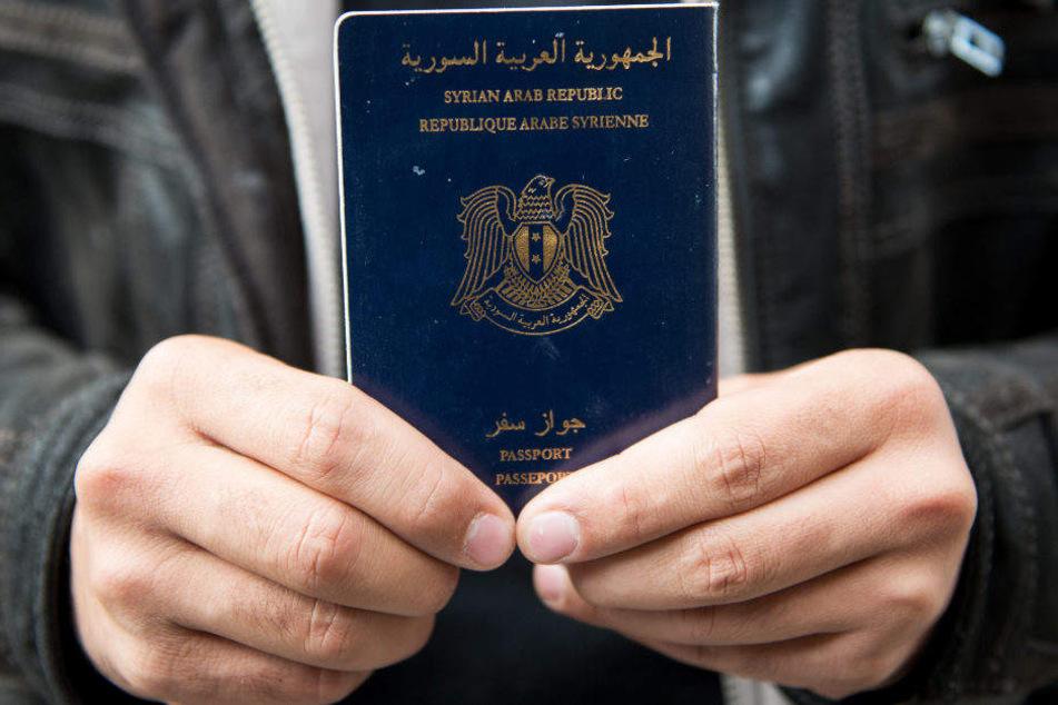 Viele syrische Flüchtlinge verkaufen nach der Ausreise ihre deutsche Identität. (Symbolbild)