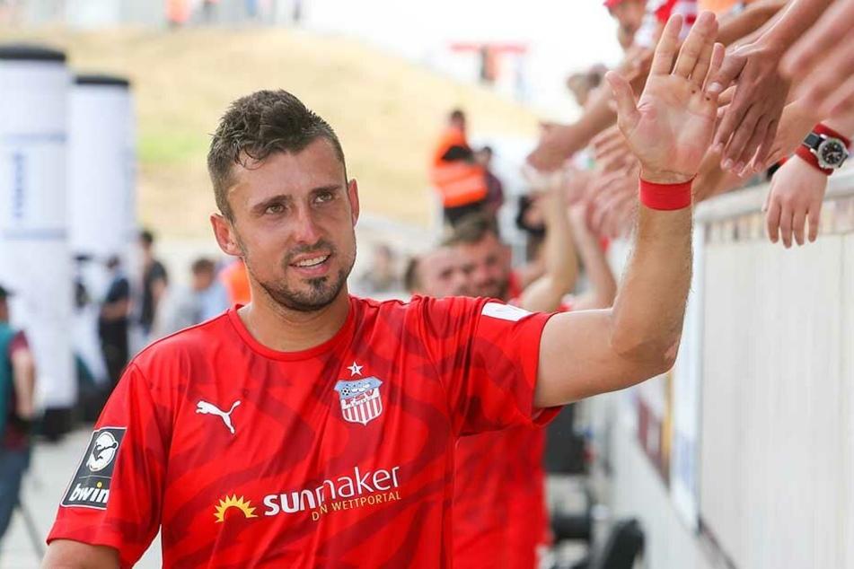 Davy Frick auf der Stadionrunde nach dem 0:0 gegen Magdeburg.