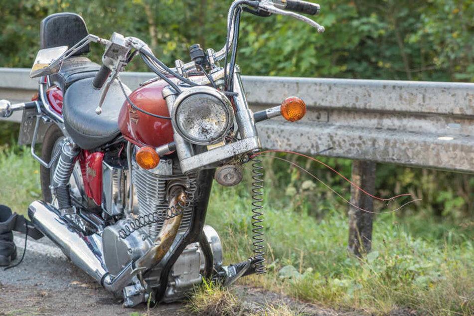 Das Motorrad wurde komplett zerstört.