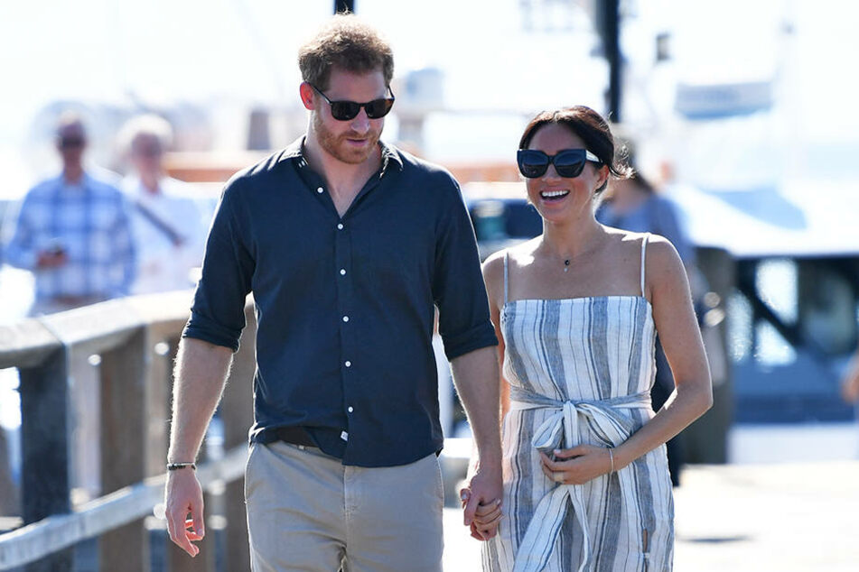 In Australien zeigen sich Harry und Meghan verliebt wie eh und je.