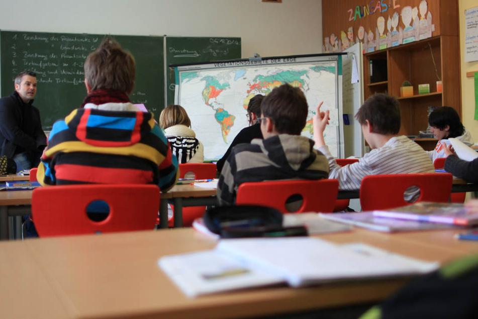 Die Zahl der Schulabgänger ohne Abschluss ist gestiegen. (Symbolbild)