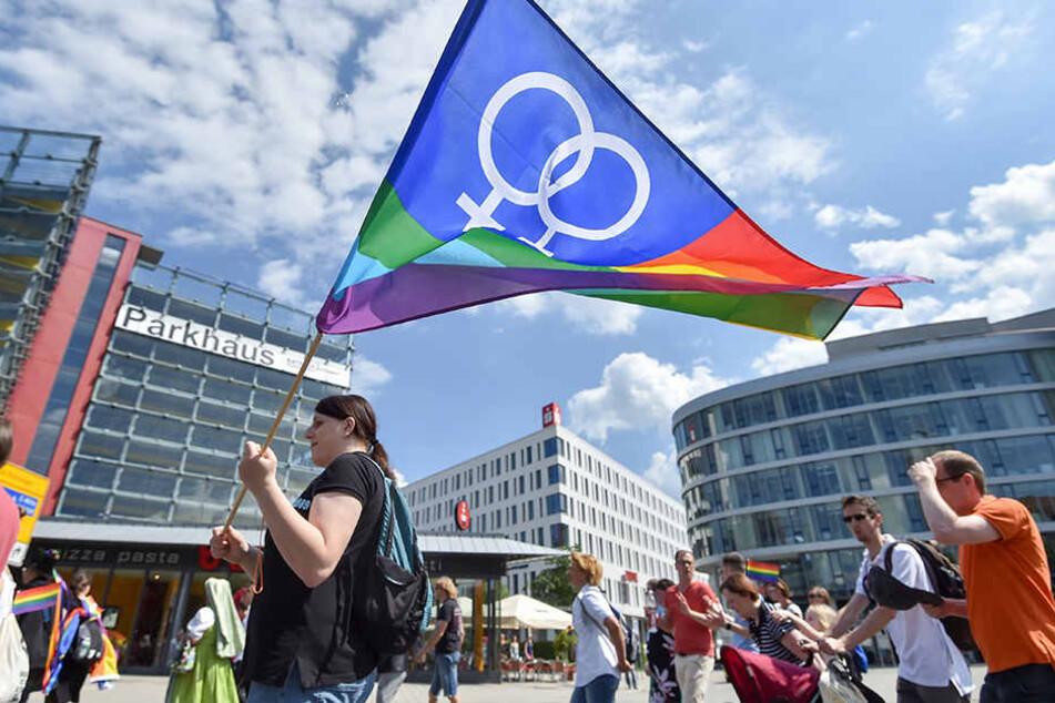 Chemnitz feiert beim Christopher Street Day für mehr Toleranz in der Gesellschaft.