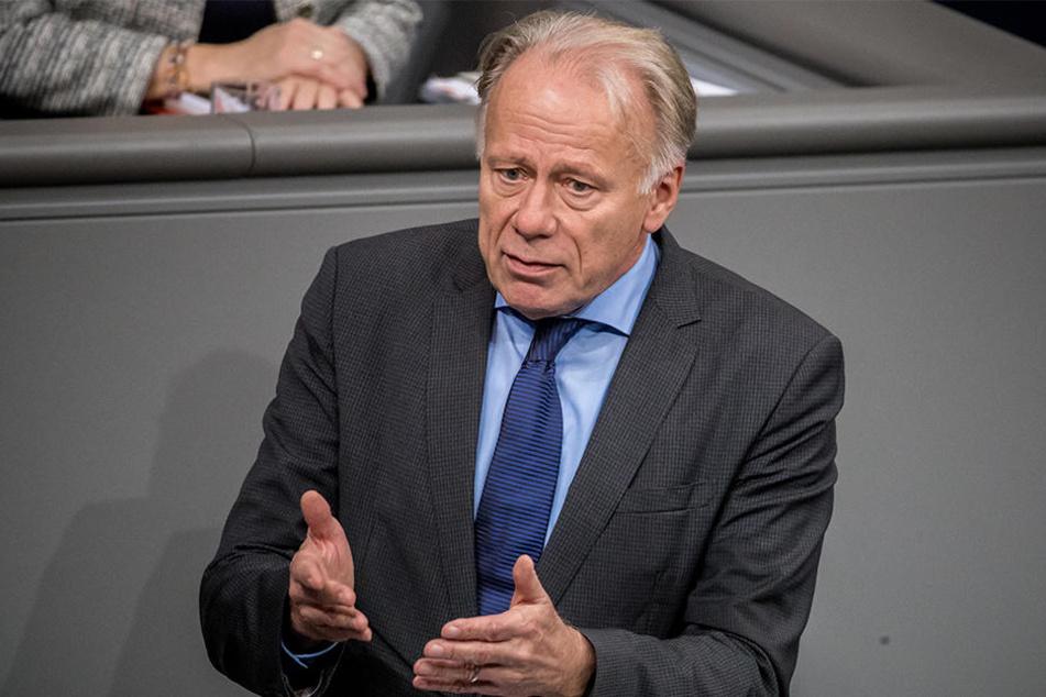 Jürgen Trittin, Ex-Parteichef der Grünen, fürchtet ein Scheitern der europäischen Seenotrettung im Mittelmeer.