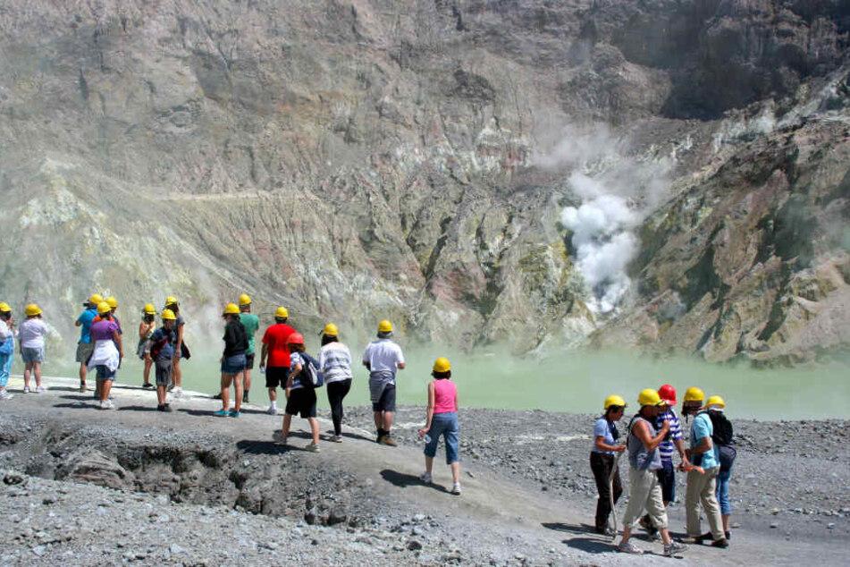 Nach dem Ausbruch eines Vulkans auf der neuseeländischen Insel White Island vermutet die Polizei, dass es dort keine Überlebenden mehr gibt.