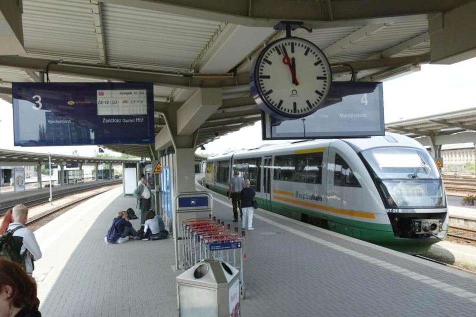 Diebe sind in den Imbiss am oberen Bahnhof in Plauen eingebrochen. (Archivbild)