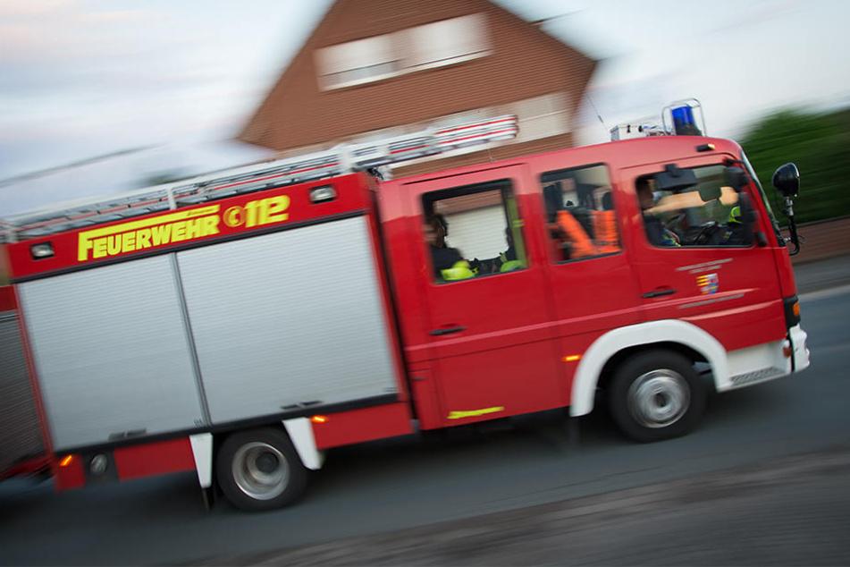Bei einem Brand in einem Mehrfamilienhaus (Leinefelde) musste ein Wohnhaus evakuiert werden. (Symbolbild)
