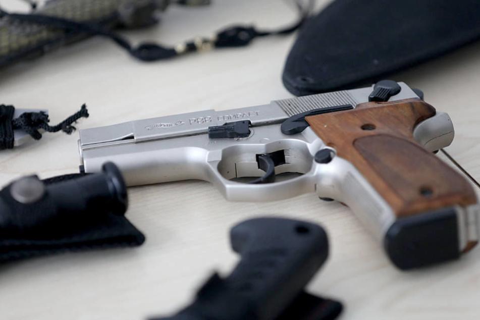 Bei Opium-Deal: Polizei Köln schnappt schwer bewaffnete Bande