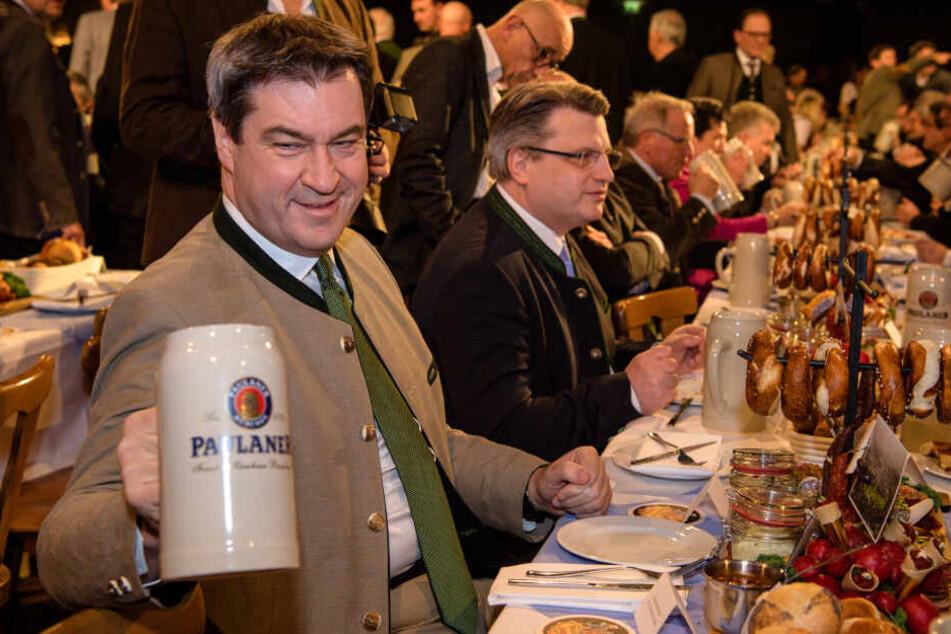 Markus Söder (CSU) wird zum ersten Mal als Ministerpräsident im Publikum sitzen und muss sicher einiges über sich ergehen lassen. (Archivbild)