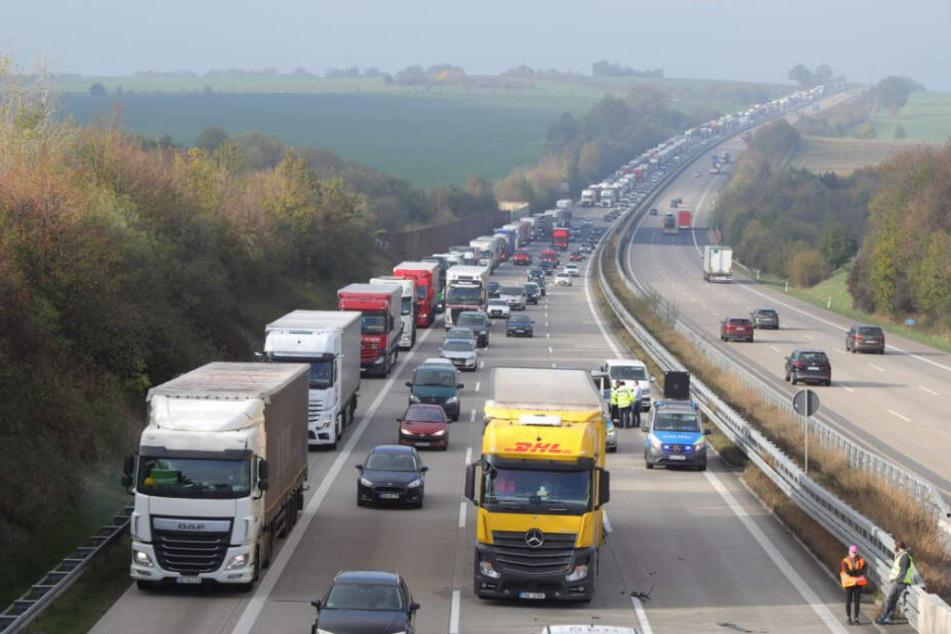 Auf der A4 in Richtung Dresden gab es in Folge des Unfalls einen langen Stau.