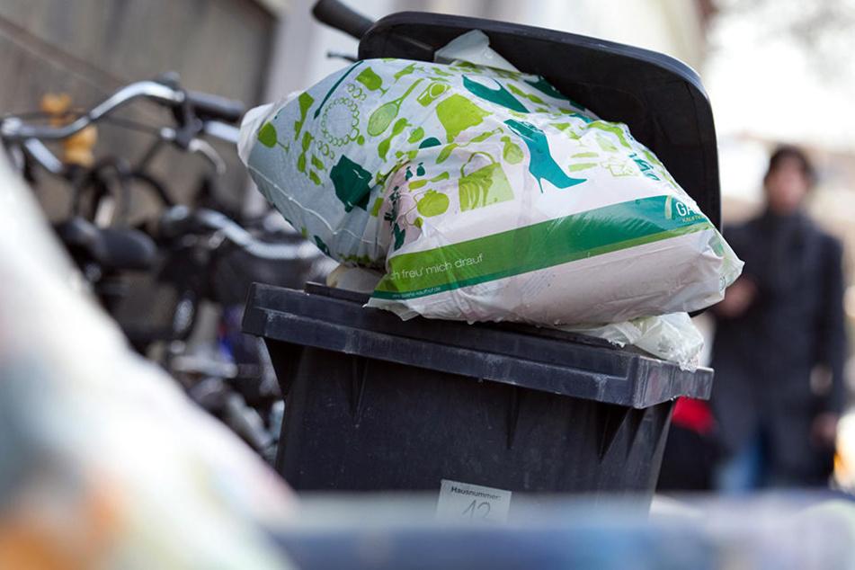 Anfang des Jahres hieß es eigentlich noch, dass die Müllmenge in NRW leicht gefallen sei.