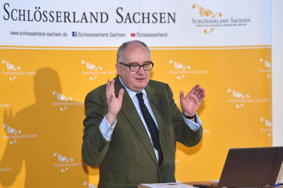 """Der Geschäftsführer vom Schlösserland Sachsen, Dr. Christian Striefler, blickte am Dienstag in der Filmkuppel """"Zwinger Xperience"""" auf die Saison 2019 zurück."""