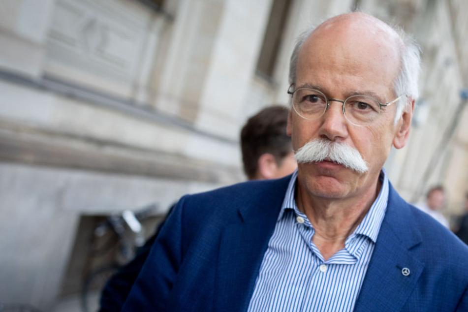 Nach Gespräch mit Daimler-Chef: Politik fordert Rückruf von 774.000 Diesel Autos
