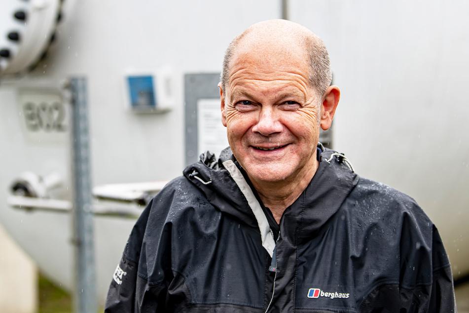 Hat gut lachen: Olaf Scholz (63, SPD) legt in Umfragen weiter zu.