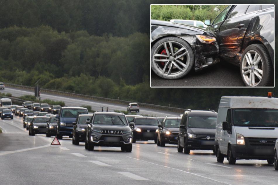 Unfall A4: Stau nach Crash auf A4