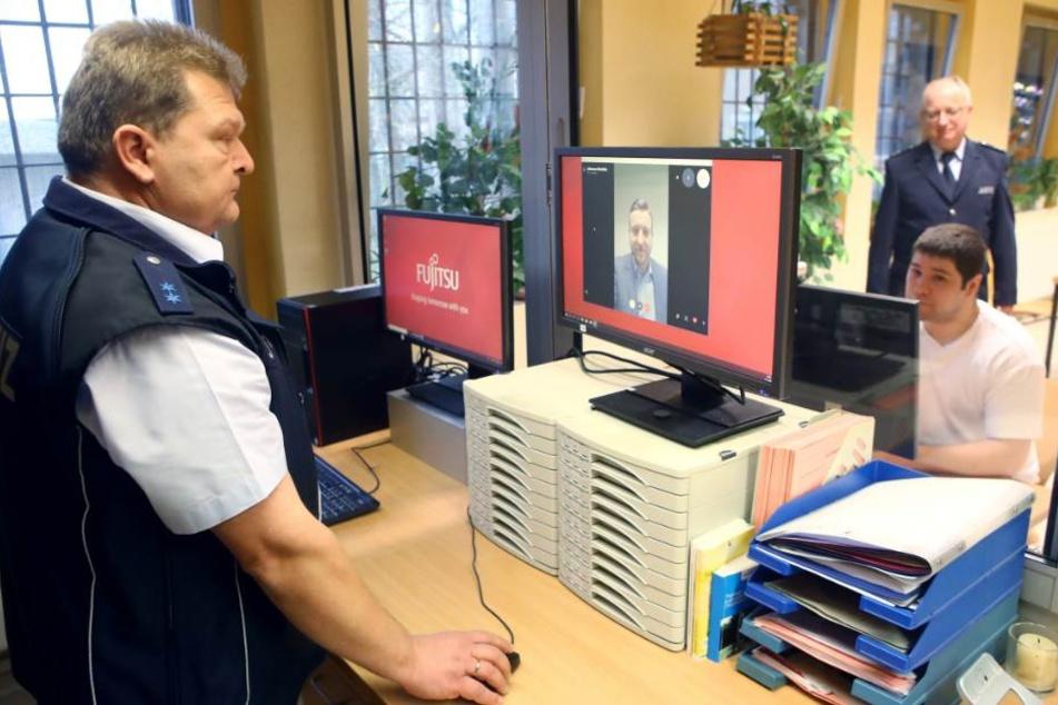 Einmalig in Thüringen! Gefangene können nun mit Angehörigen Skypen